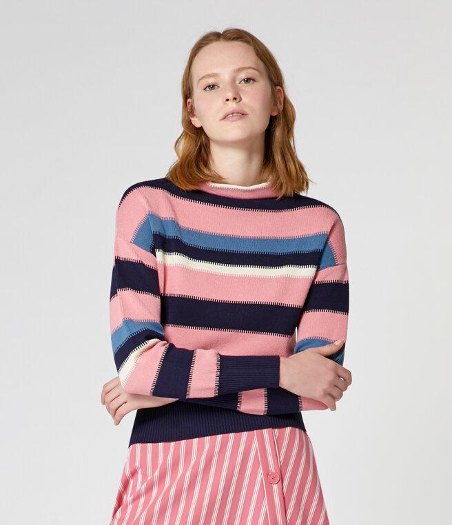 kolorowe-swetry.jpg