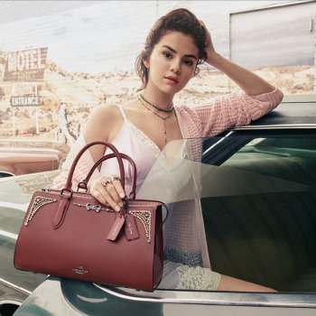 Selena Gomez v kampani Coach podzim 2018